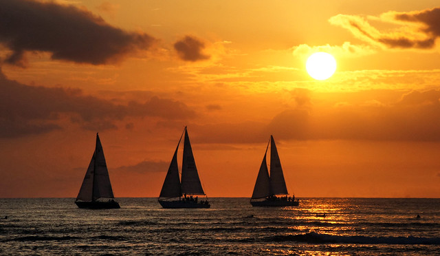 Hawaiian Sunset. Waikiki beach.