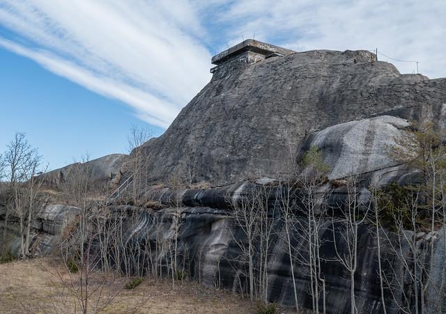 Fake mountain (gun emplacement)