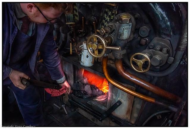 Firing up the steamer whilst keeping tea hot!