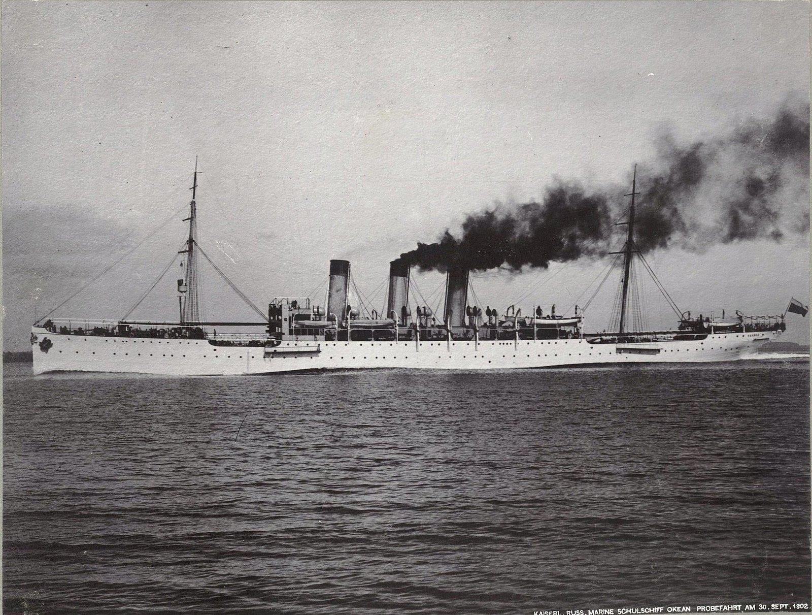 36. Учебное судно «Океан» идёт по морю. 30 сентября 1902 г.