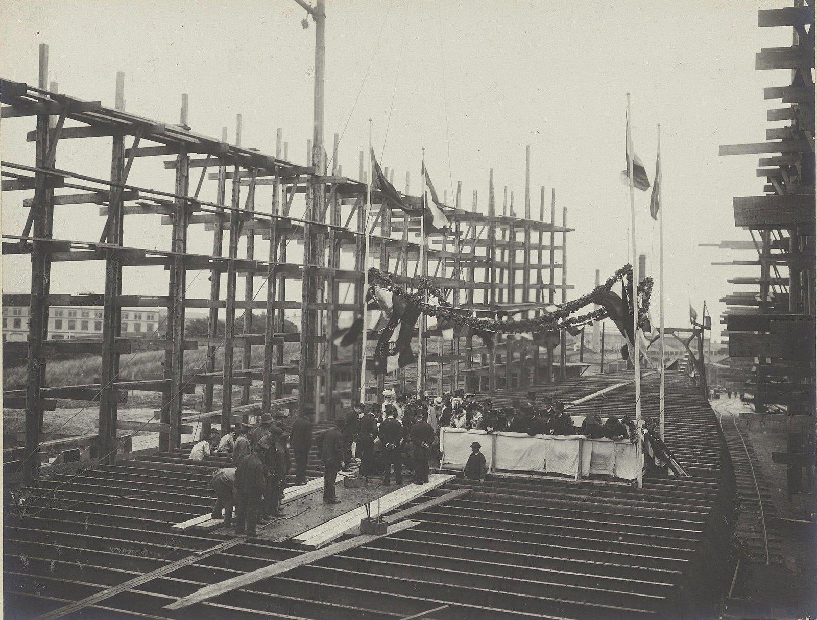 26. Закладка строительства судна «Океан» на машино-судостроительном заводе Говальдтсверке в Киле. 28 мая 1901 г.