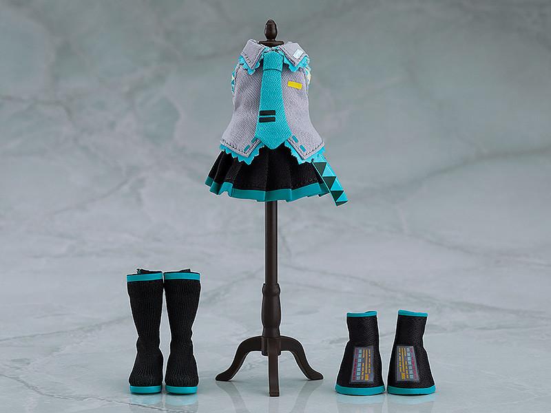 為心愛的角色穿上布製新衣囉~黏土娃《Character Vocal系列01 初音未來》初音未來(ねんどろいどどーる 初音ミク)可動模型