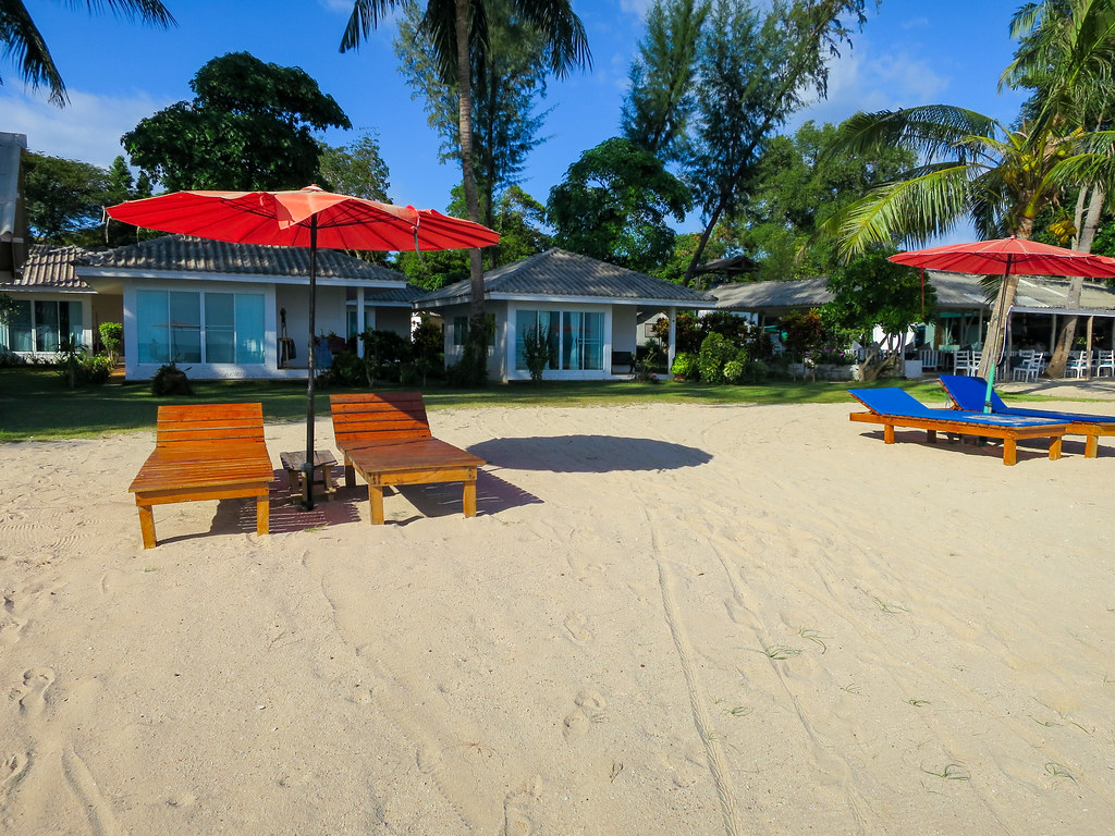 Beachfront bungalows at Sky Beach Resort Koh Mak