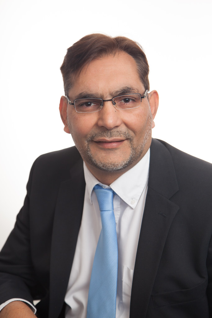 Photograph of Parvez Akhtar, IAAPS Business Development Manager