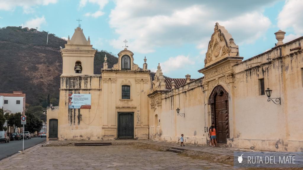 Salta Capital, convento de San Bernardo y el cerro por detrás