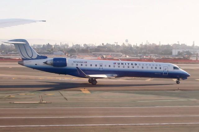 N745SK Los Angeles LAX 15 December 2006