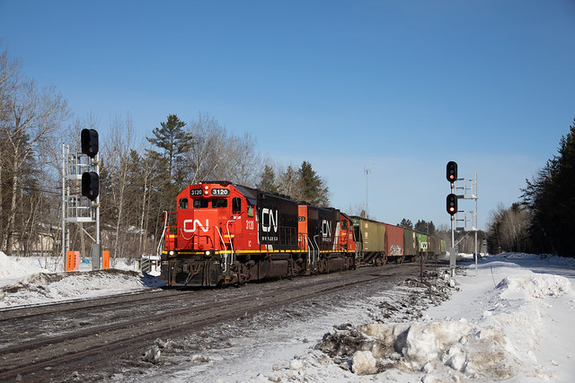 CN Canadian National Keenan Local GP40R #IC3120 Southbound Iron Jct 02-16-20