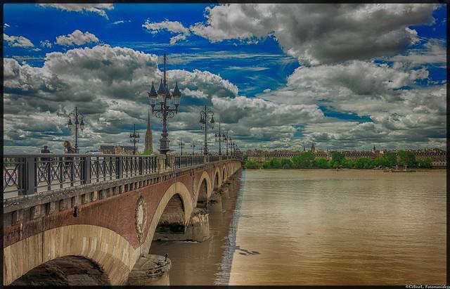 le pont de pierre à Bordeaux, l'an dernier