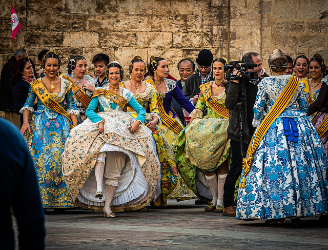 Traditional Dress - A Gathering ( Plaza de la Virgin) (Valencia) (Film Effect) (Olympus OM-D EM5.2 & M.Zuiko 12-100mm F4) (1 of 1)
