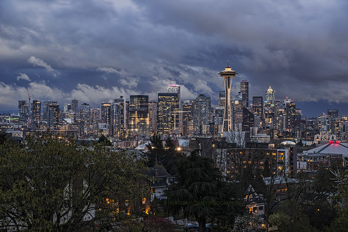 seattle washington downtown skyline cityscape city urban landscape storm stormy cloudy weather kerry park view overlook space needle key arena buildings tree neighborhood queen anne rain rainy central business district architecture tia tosinarasi ©tiainternationalphotography pacificnorthwest pugetsound tempest