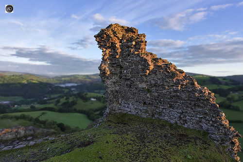 castelldinasbran ruin northwales wales llangollen hillock hill fortress landscape sunrise vista view high climb outdoors freshair morning peaceful sereen structure history historic weather summer season visitors tourism welsh clouds fields agriculture farming location naturalbeauty hiking outdoorpersuits uk