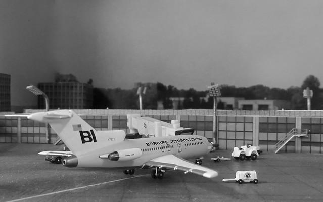 Western USA c.1969 - Braniff Boeing 727-100