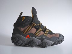 UNWORN 1997 VINTAGE ADIDAS EQUIPMENT KATMAI FEET YOU WEAR TREKKING / HIKING SPORT HI SHOES / HI TOPS