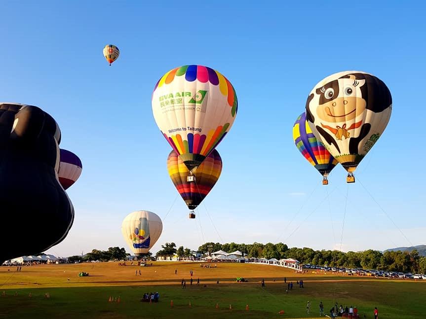 鹿野高台的熱氣球活動,已是國內外知名的盛事。彭瑞祥攝。