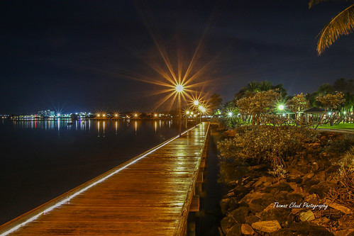 boardwalk path pathway night lights lamppost lampposts sparkle sparkling starburst seagrapes water waterfront river saintlucieriver downtown stuart martincounty florida seascape cityscape usa morning outdoors predawn nature mothernature