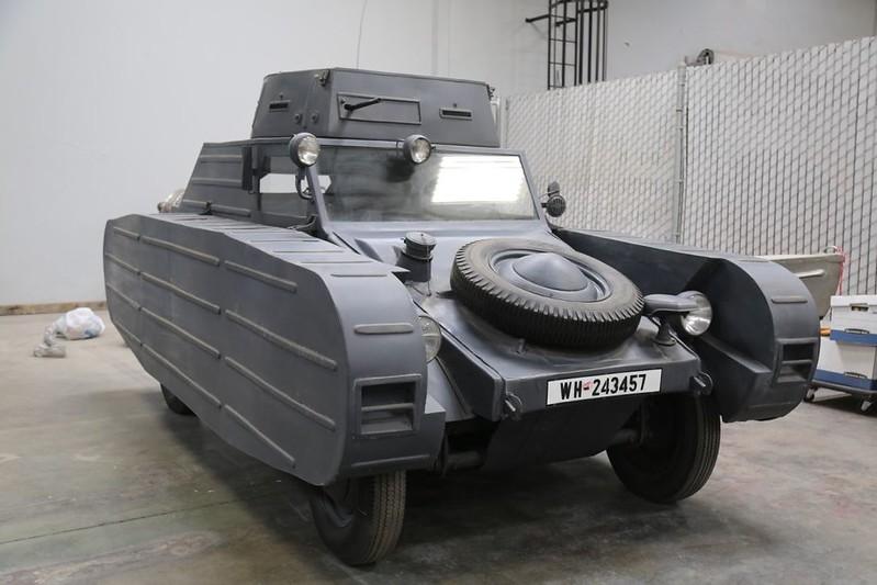 Kubelwagen-Porsche-Type-82-3-1
