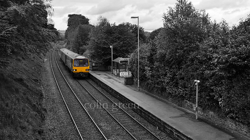 Train Approaching Shepley Railway Station