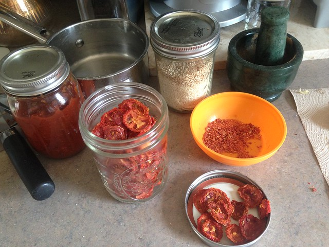 dehydrated tomato pieces ground up for a pizza topping