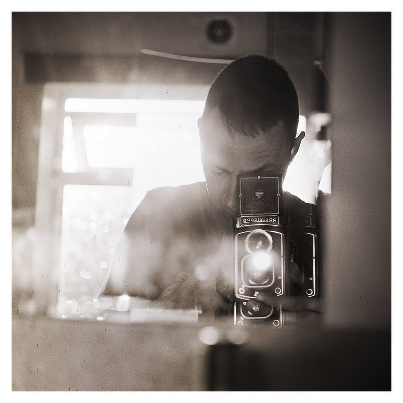 Rolleicord III Selfie