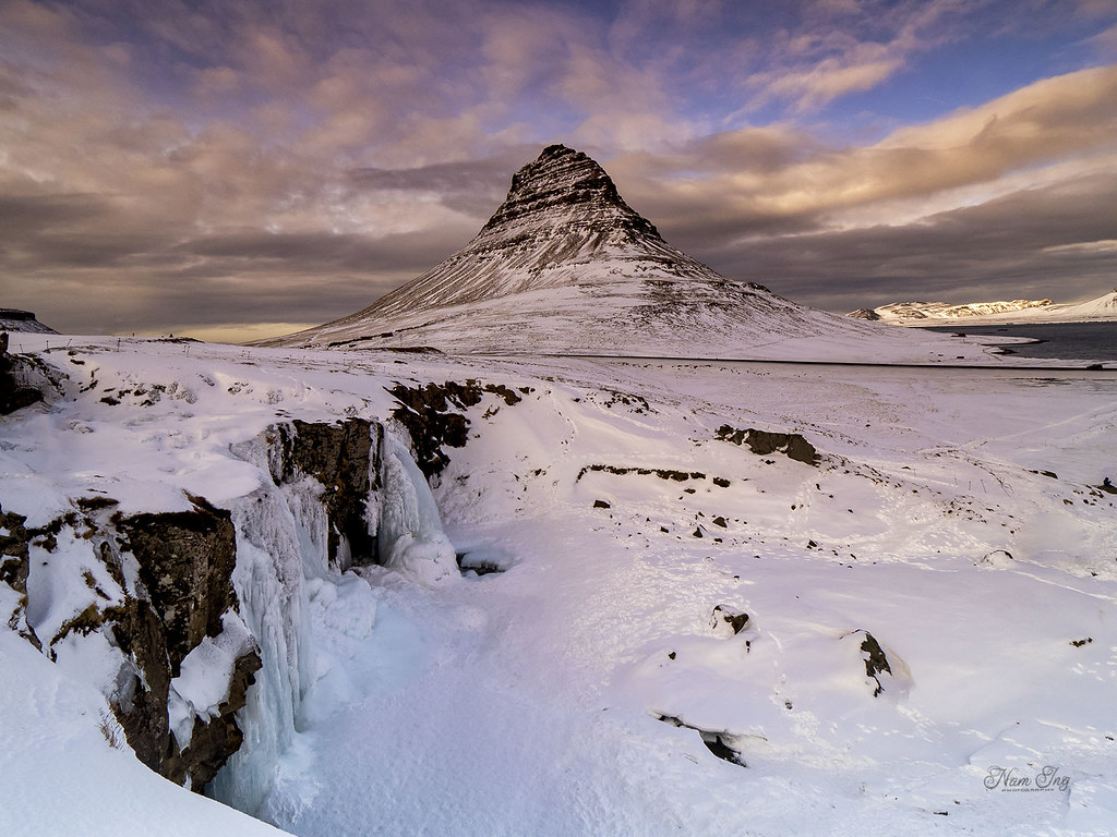 [8] Kurkjufell - Islande 49759489367_da73643be9_b