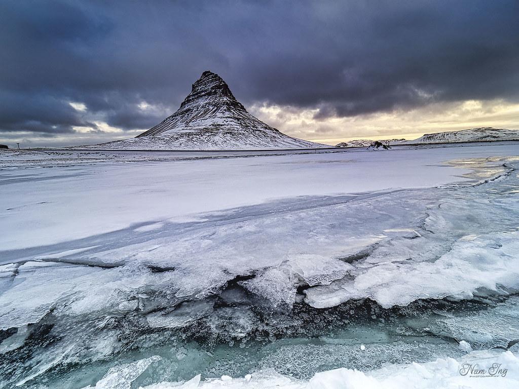 [8] Kurkjufell - Islande 49759489902_b35977388f_b