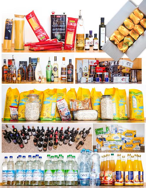 Panic Buying Hoarding Groceries Food Drinks Corona Crisis Self-Isolation © Hamsterkauf Lebensmittel Getränke Quarantäne Selbstisolierung Coronakrise Pandemie Panikkauf ©