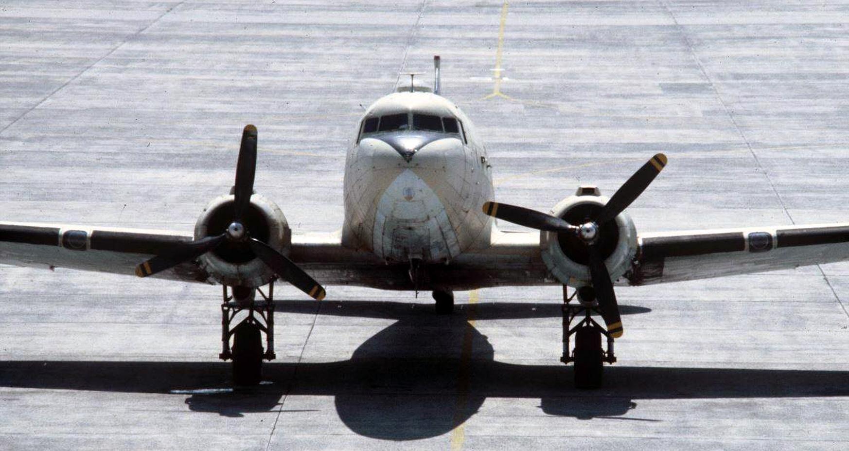 FRA: Photos anciens avions des FRA - Page 13 49759688742_ece5d7c726_o_d