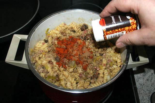 25 - Mit Gewürzen abschmecken / Taste with seasonings