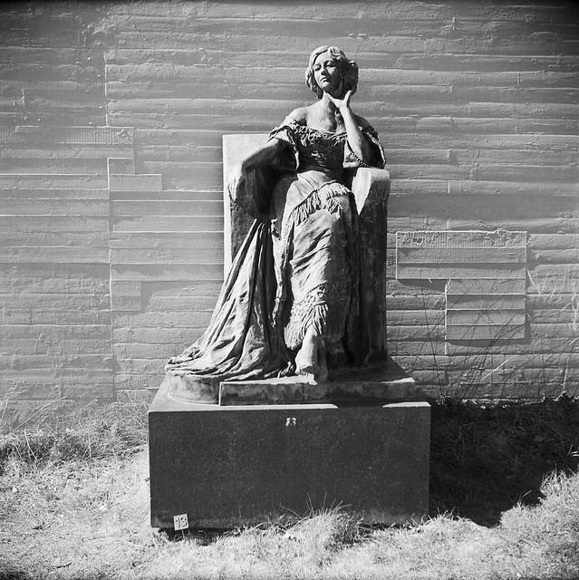 Rudolph Tegner: Min hustru Elna, 1912