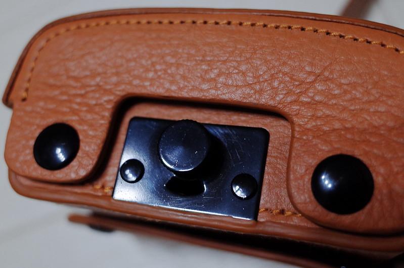 Premium Gearローライ35用本革速写ケース底面