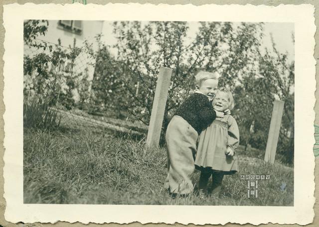 ArchivTappenW153 Geschwister,  1930er
