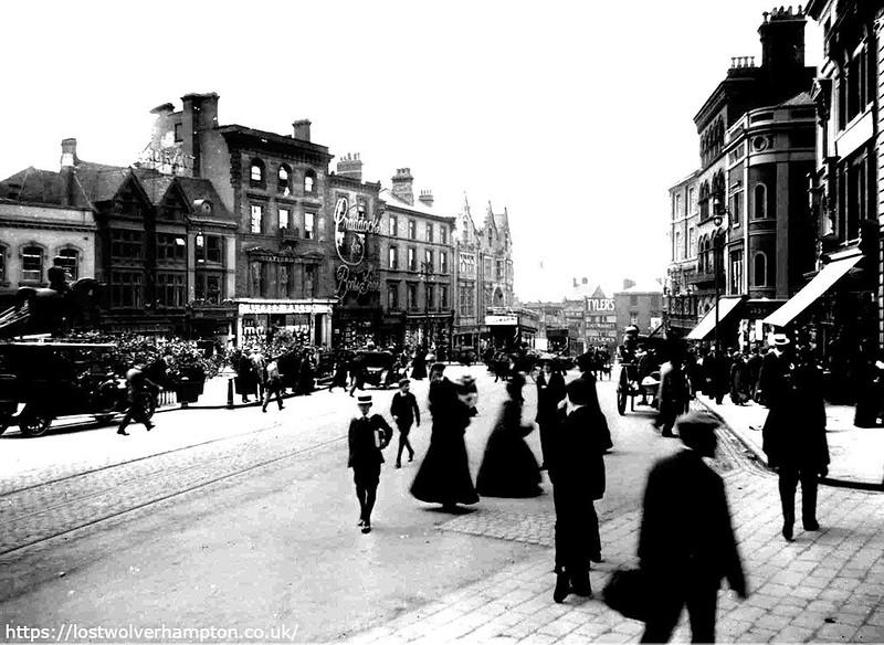 007 - Queen Square 1914