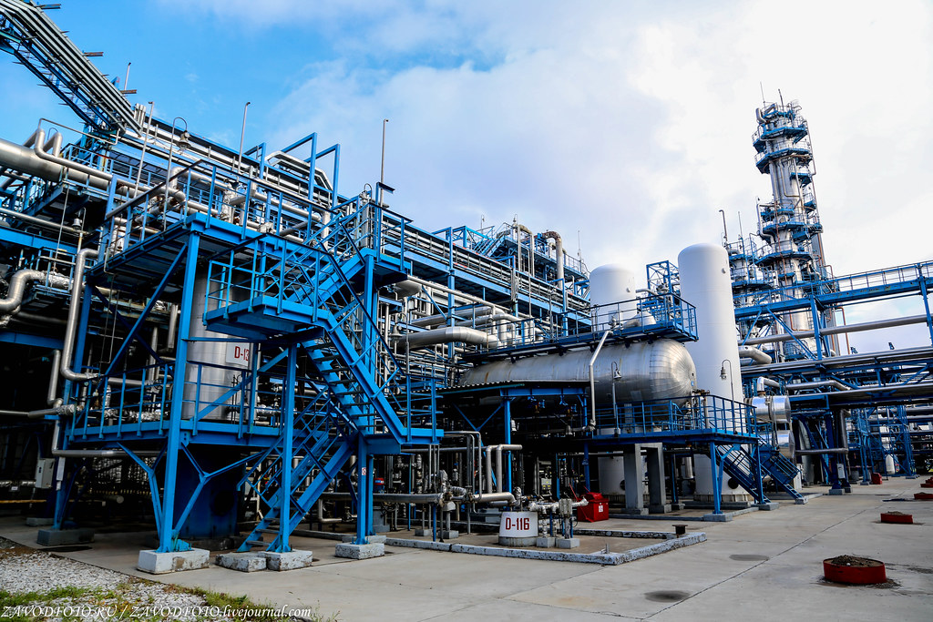 Африканские нефтяники тоже решили проявить солидарность и сократить добычу нефти НЕФТЕГАЗОВАЯ