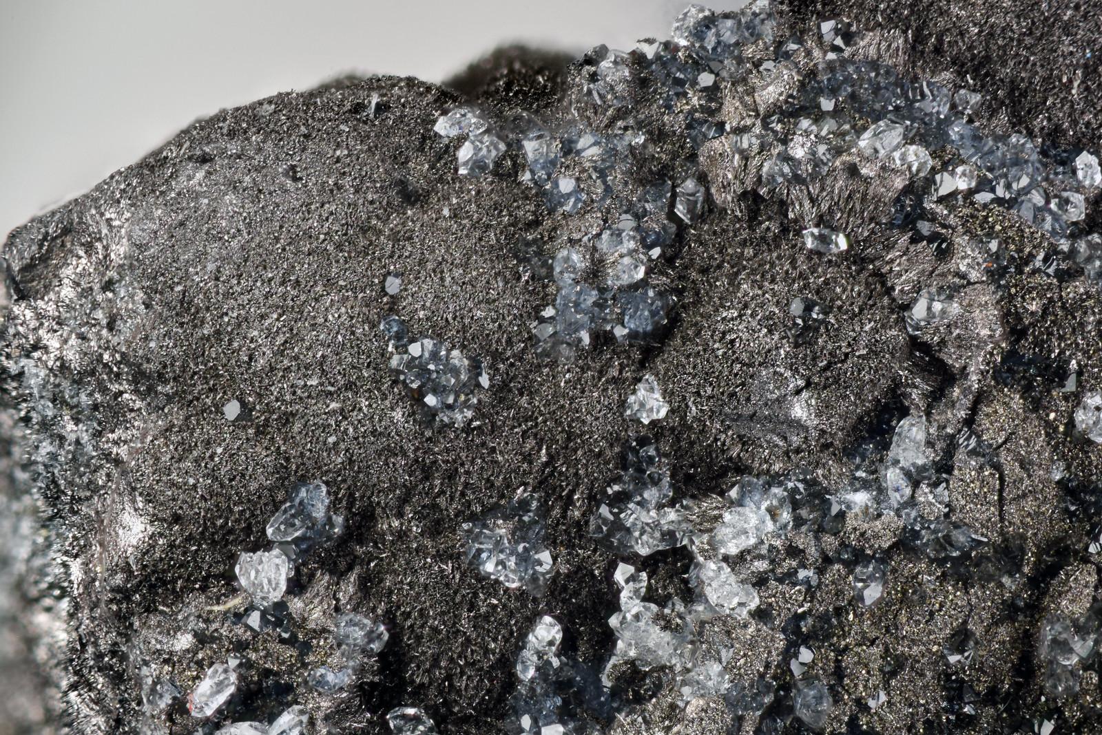 ルソン銅鉱 / Luzonite