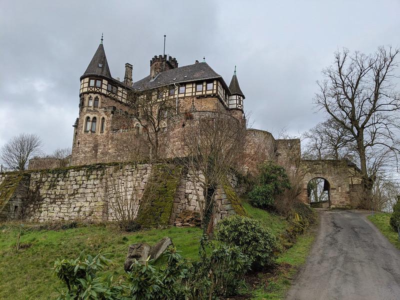 Die Löwenburg.