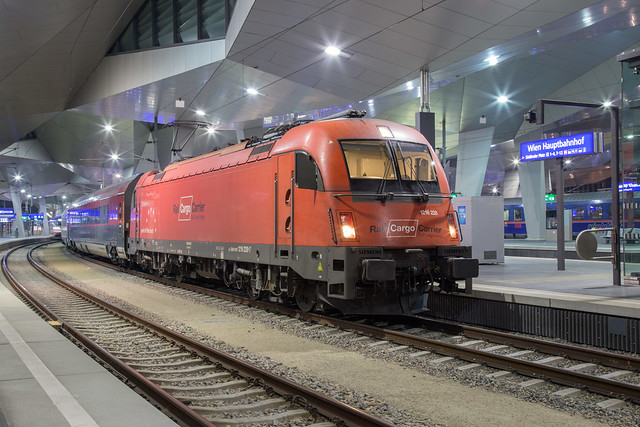 ÖBB 1216 228 Wien Hbf
