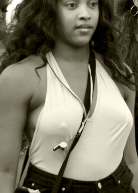 DSC_3139 Sepia Notting Hill Caribbean Carnival London Exotic Colourful Yellow Costume Showgirl Performer Aug 28 2017 Stunning Braless Ladies Excited Hard Nipples