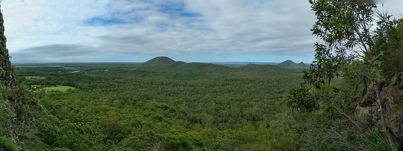 Blick auf die Glasshouse Mountains.