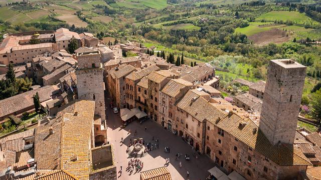 San Gimignano; Blick vom Torre Grosso auf die Piazza della Cisterna