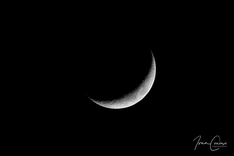 Moon – Mechelen – 2020 03 28 – 01 – Copyright © 2020 Ivan Coninx