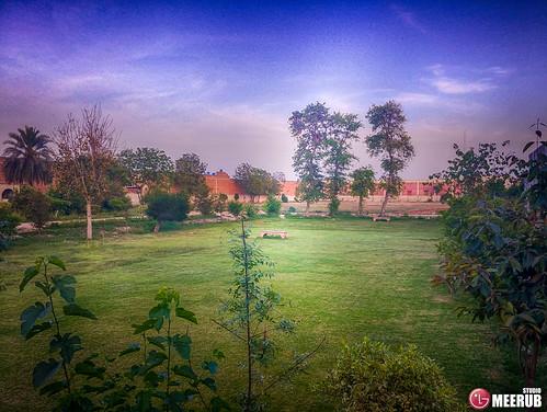romanticlandscape crystalsweetfactory faisalabad pakistan meerubstudio lgv30 smartphonephotography lgphotography amazing hdr sunset lights classical wallpapers backgrounds