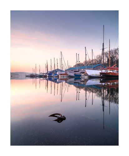 springtide penryn cornwall uk gb mooring mist haze sunrise river still calm peaceful tranquil quiet flood water reflection boats yachts metalworkmooringring
