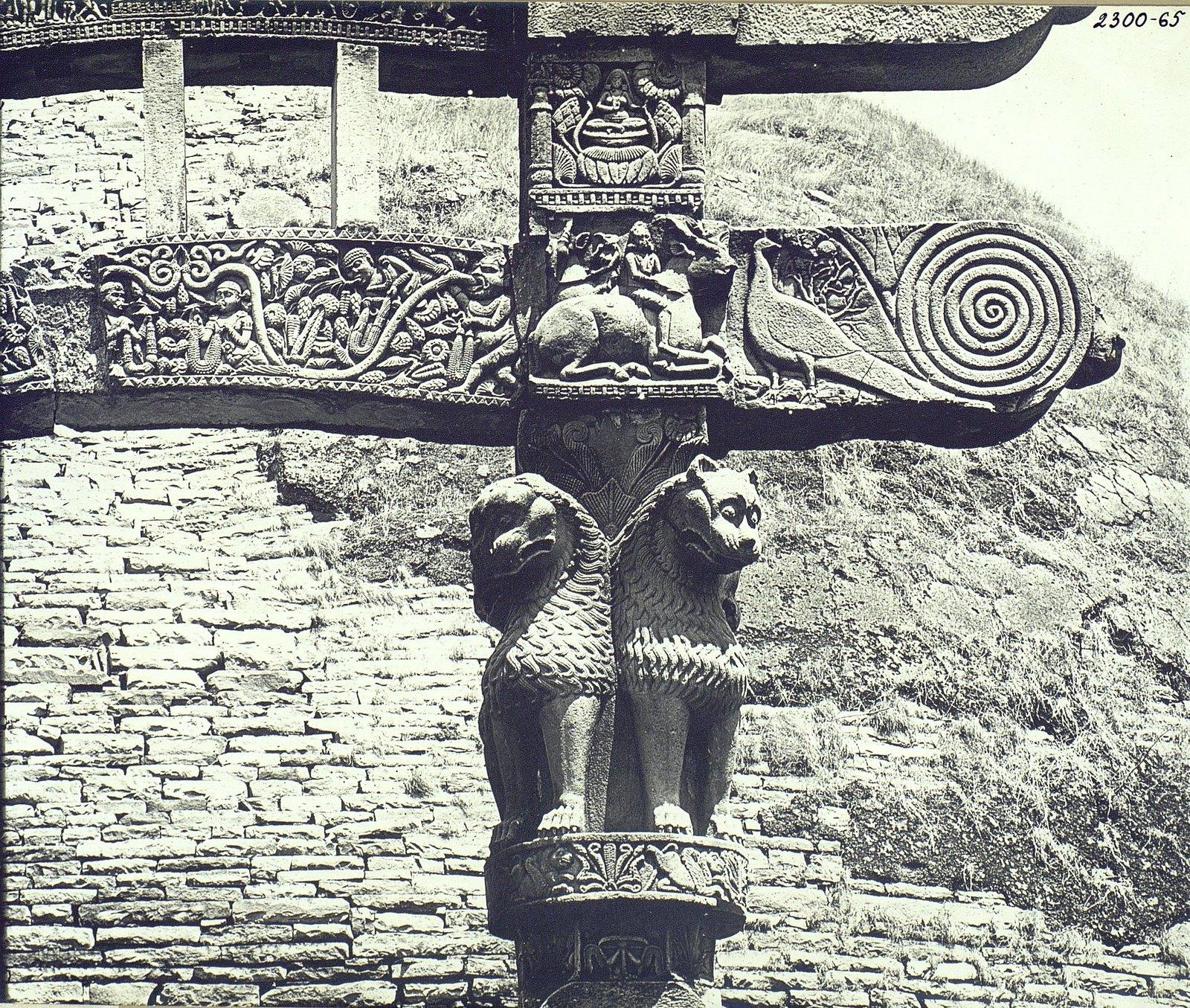 Буддийская ступа в Санчи (детали вторых ворот) (8)