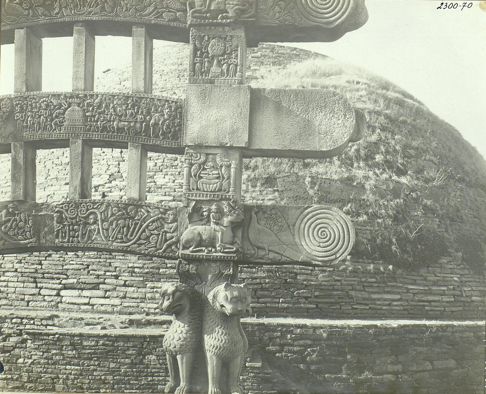Буддийская ступа в Санчи (детали вторых ворот) (7)