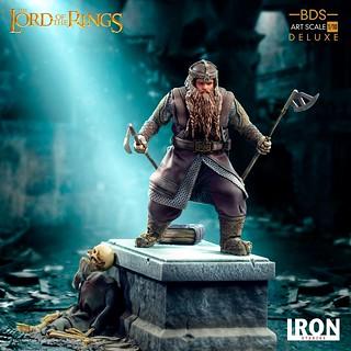 準備給予來襲的半獸人迎頭痛擊! Iron Studios Battle Diorama 系列《魔戒》金靂 豪華版 Gimli Deluxe 1/10 比例全身雕像
