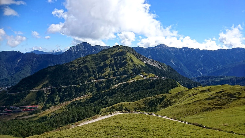 Mt. Hehuan 合歡山, 3,422 m (11,227), is very popular and not difficult to hike. Photo by Acer Lee