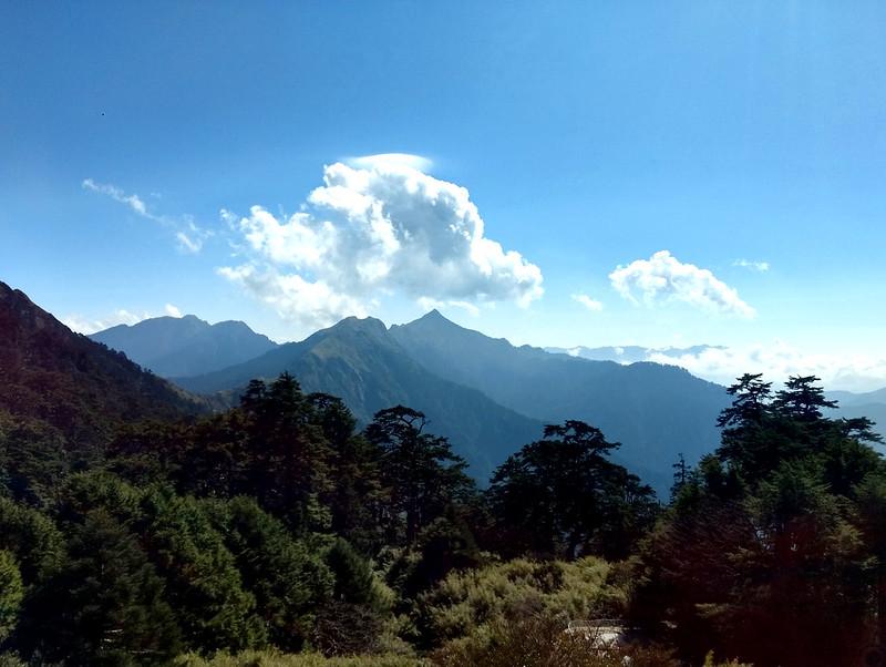 Altitude sickness is dangerous. Mt. Nengkao 能高山, 3,349 m (10,987 ft) in the center.