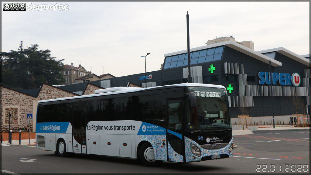 Iveco Bus Evadys – Sradda (Sud Rhône-Alpes Déplacements Drôme-Ardèche) / Auvergne-Rhône-Alpes / Cars Région n°437