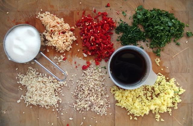Hoe maak je zoete chilisaus?
