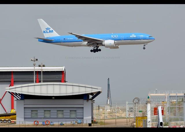 B777-206/ER | KLM | PH-BQO | HKG